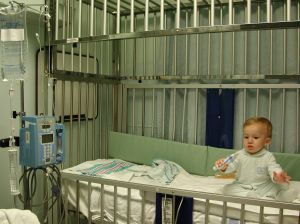 217345_baby_in_the_hospital